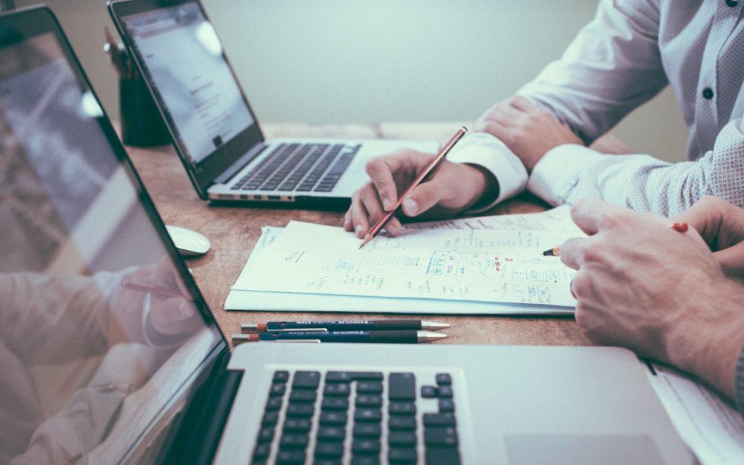La différence entre comptable, expert-comptable et réviseur d'entreprises en Belgique