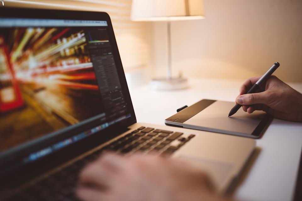 Devenir freelancer informatique : les principaux points à connaître