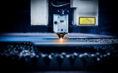 Gros plan sur la technique de découpe au laser